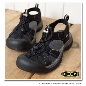 Keen Athletic Sandal sz 9